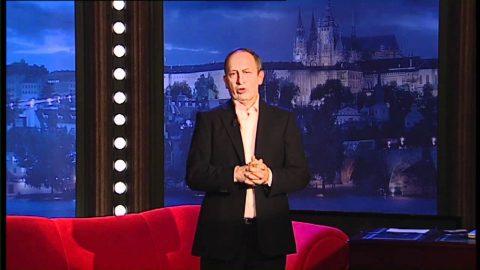 Prvními hosty pořadu byli tehdejší ministr dopravy Vít Bárta, zpěvačka skupiny Toxique Klára Vytisková a fakír Petr Fiedor.