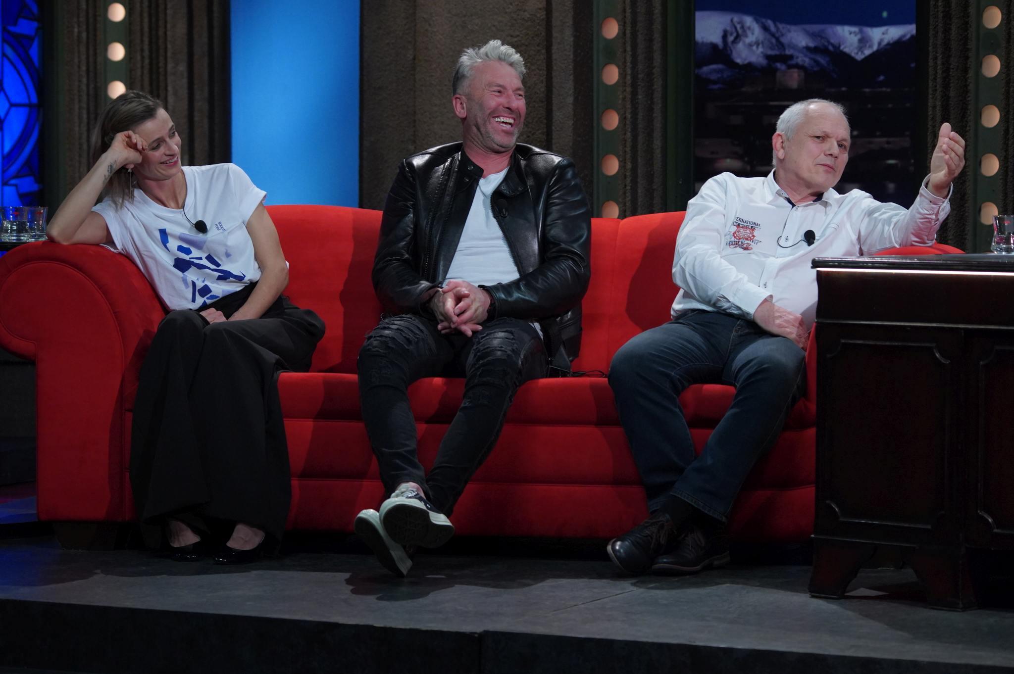 Herečka Ivana Jirešová, hokejový trenér Petr Nedvěd a pilot helikoptéry Pavel Špilka v SJK 14. 4. 2021