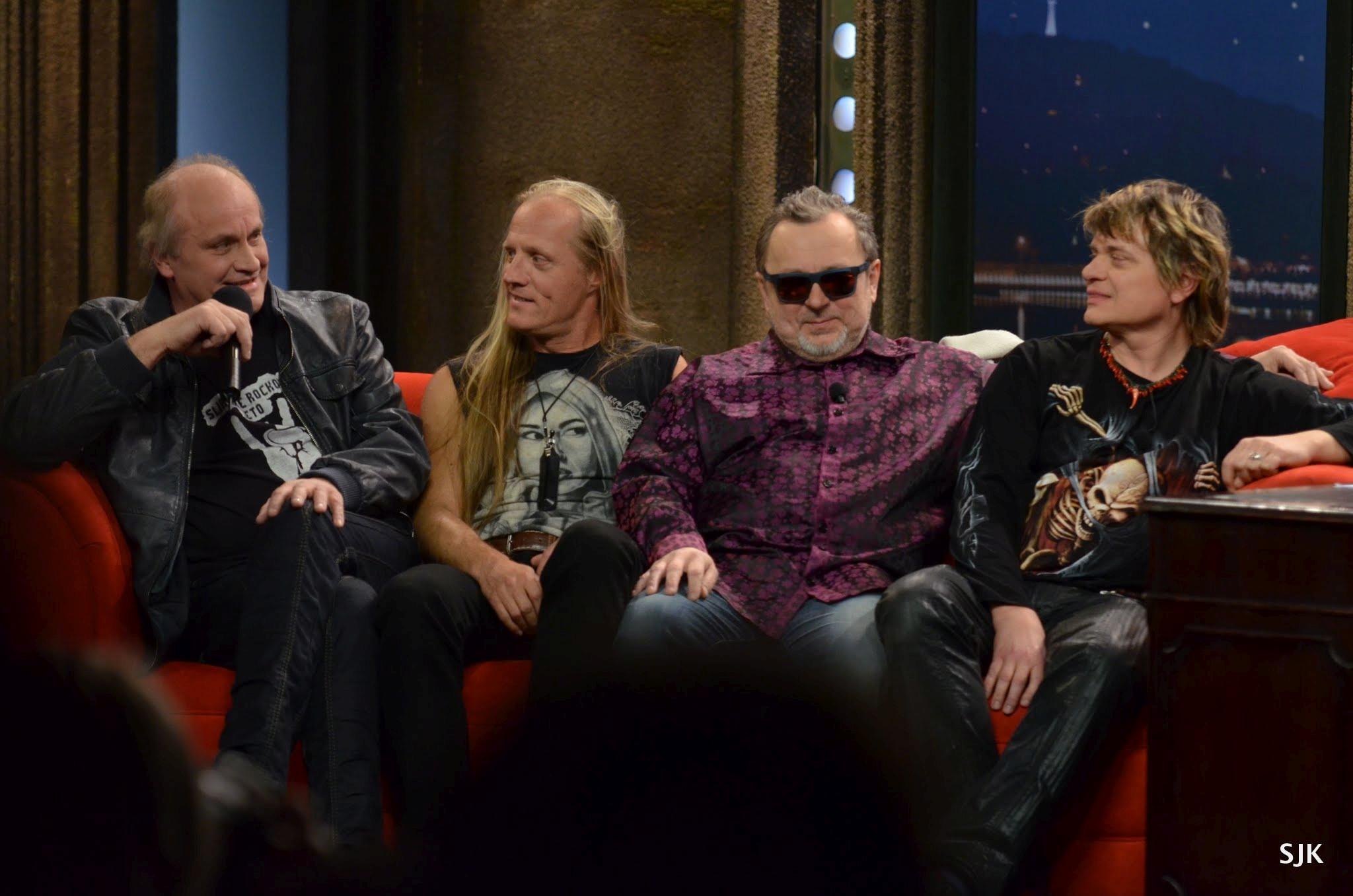 Zleva: Michael Kocáb, Klaudius Kryšpín, Michal Pavlíček a Vilém Čok z kapely Pražský výběr v SJK 15. 3. 2013