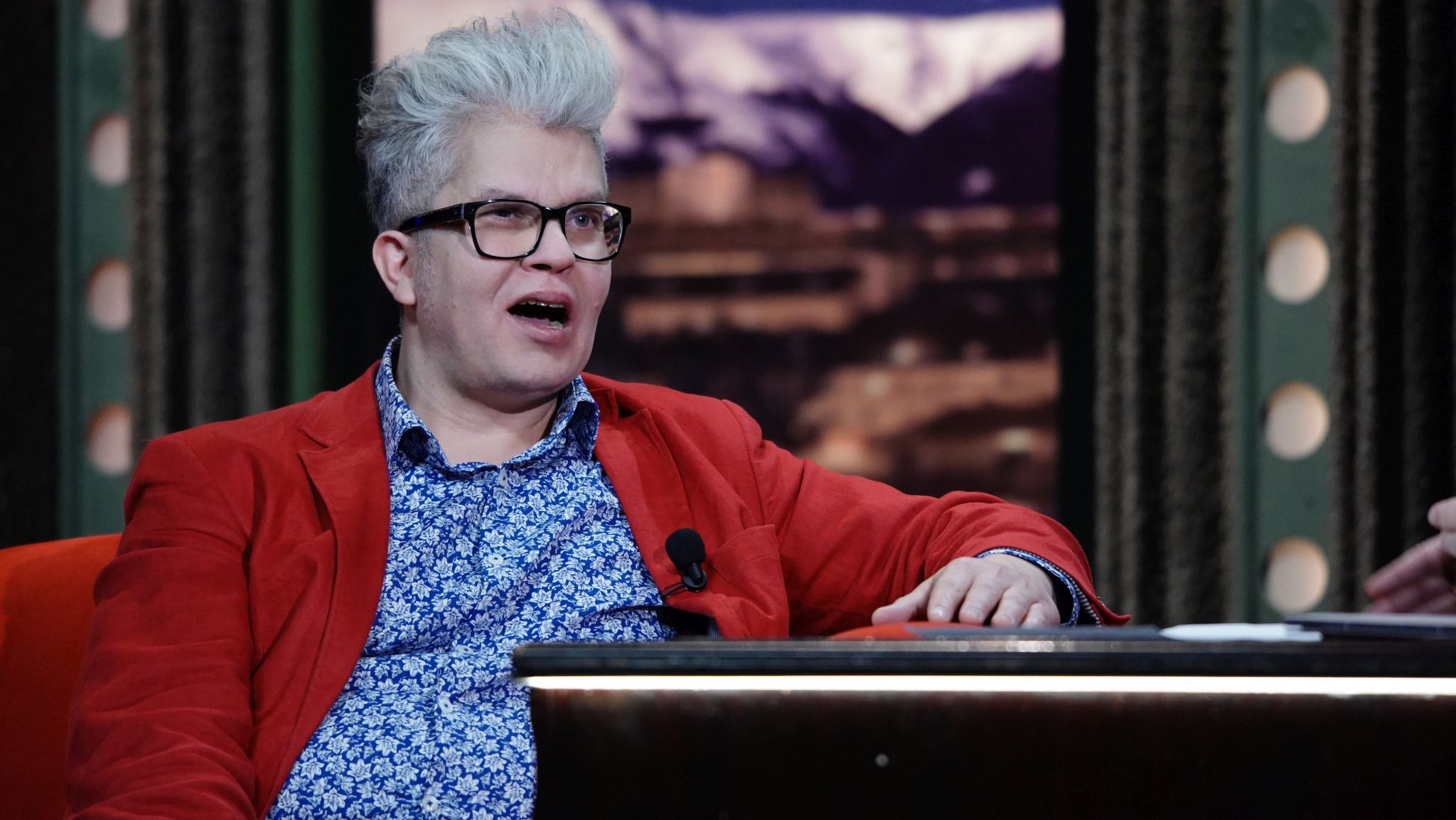 Učitel jógy smíchu Petr Fridrich v SJK 4. 12. 2019