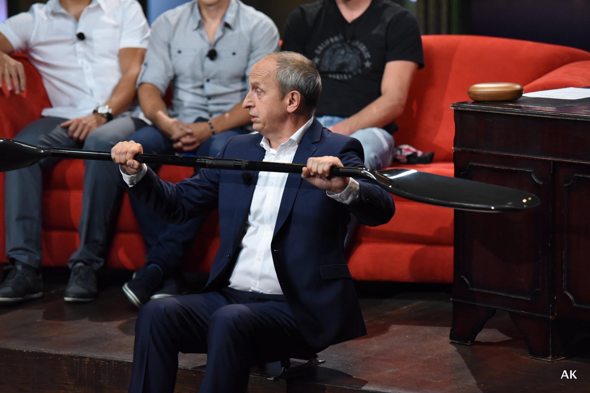 Jan Kraus zkouší pádlovat nasucho – v SJK 31. 8. 2016