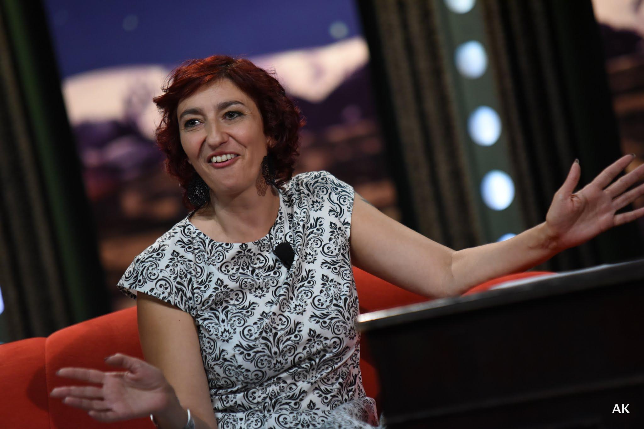 Herečka a moderátorka Simona Babčáková v SJK 31. 8. 2016